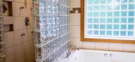 ניקוי אבנית באמבטיה