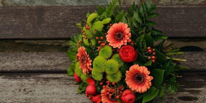 התאמת זר פרחים מושלם לאירוע