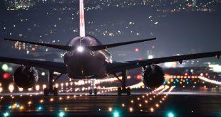 מטוס על מסלול ההמראה