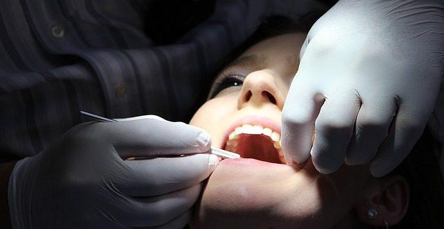 איך בוחרים מרפאת שיניים