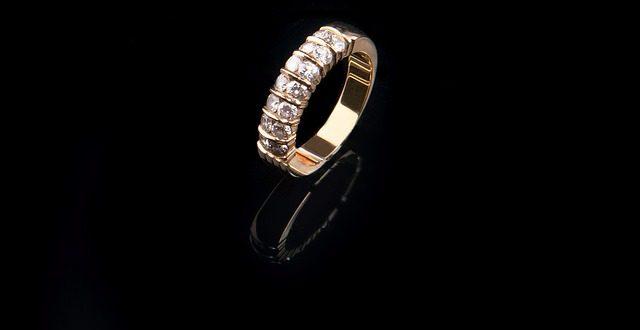 איך בוחרים תכשיטי יהלומים | טבעת יהלום