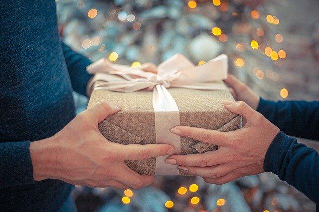 איך בוחרים מתנות לראש השנה